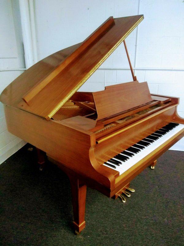 Kawai baby grand piano w/ Yamaha bench