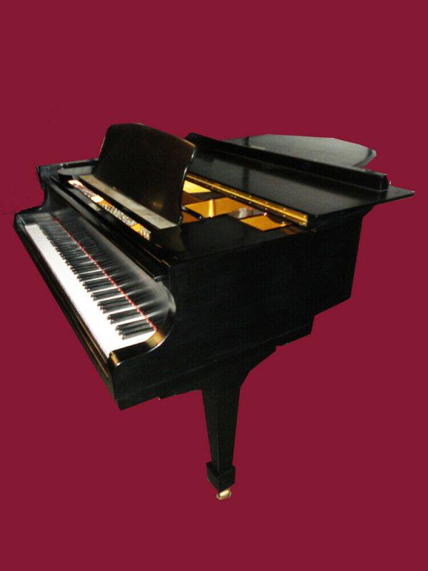 Superior sounding 6'1 grand piano & Yamaha bench