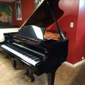 Magnificent grand piano (free yamaha felt key cover)