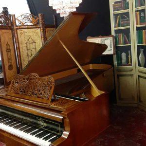 Amazing School of Bosendorfer Grand piano