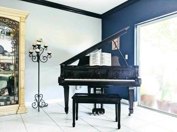 1990's baby grand piano