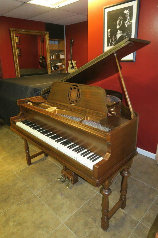 Adorable Petite baby grand piano STROUD