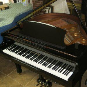 "Pramberger ""Legacy"" self player baby grand piano ( Pianodisc IQ)"